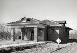Slick Depot: 1940