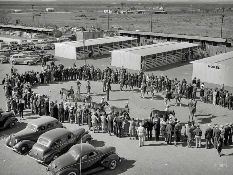 Pony Show: 1940