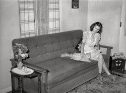 Kitty Corner: 1940