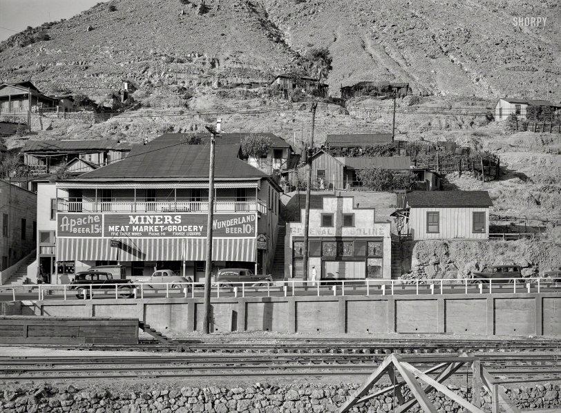 Apache Beer: 1940