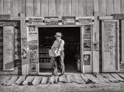 Country Store: 1940