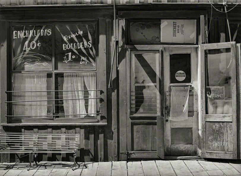 La Casa Enchilada: 1940