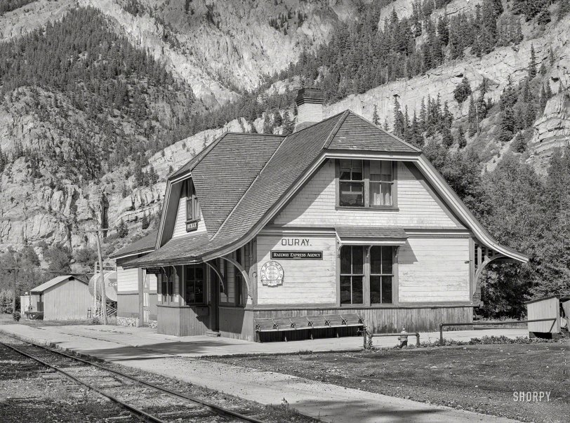 Ouray Depot: 1940