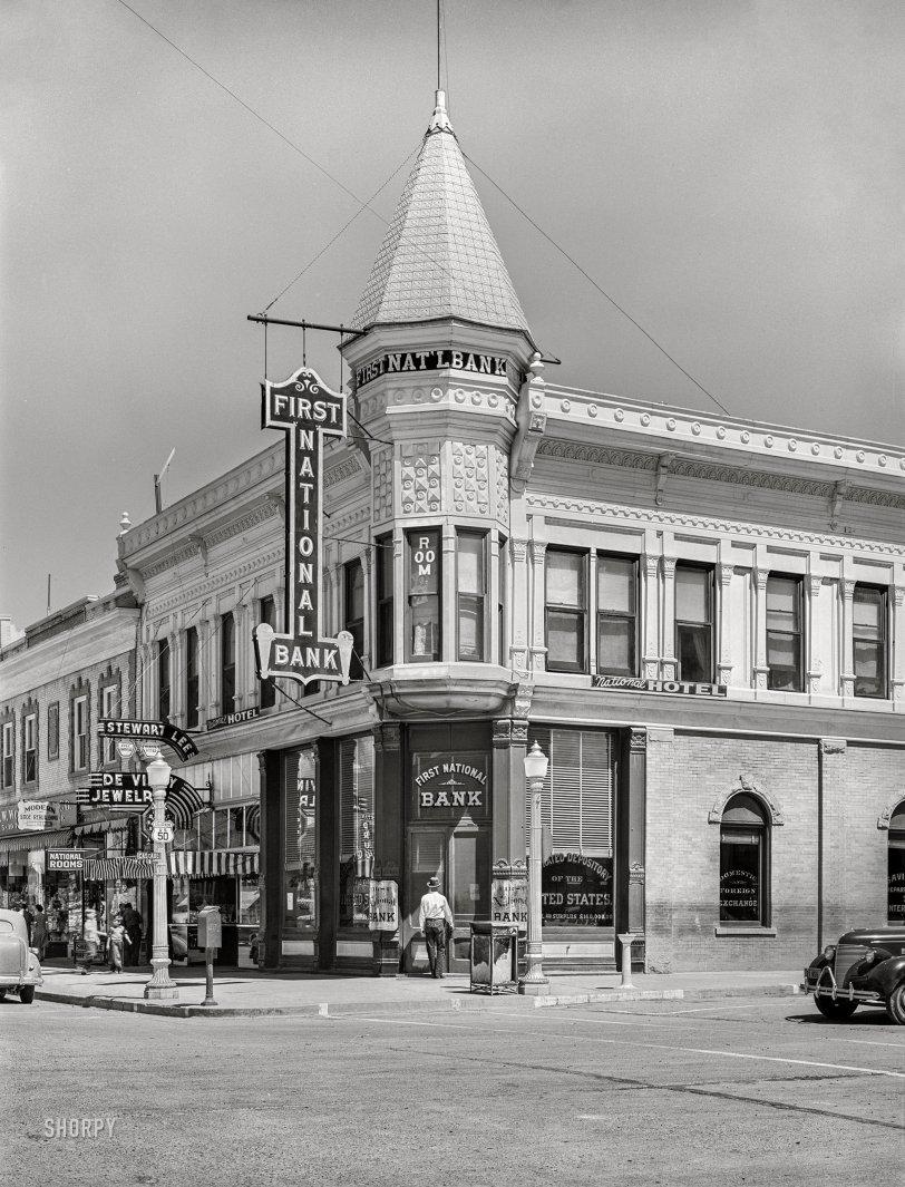 Bank Shot: 1940