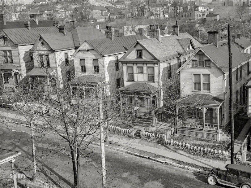 Neighborhood Watch: 1935