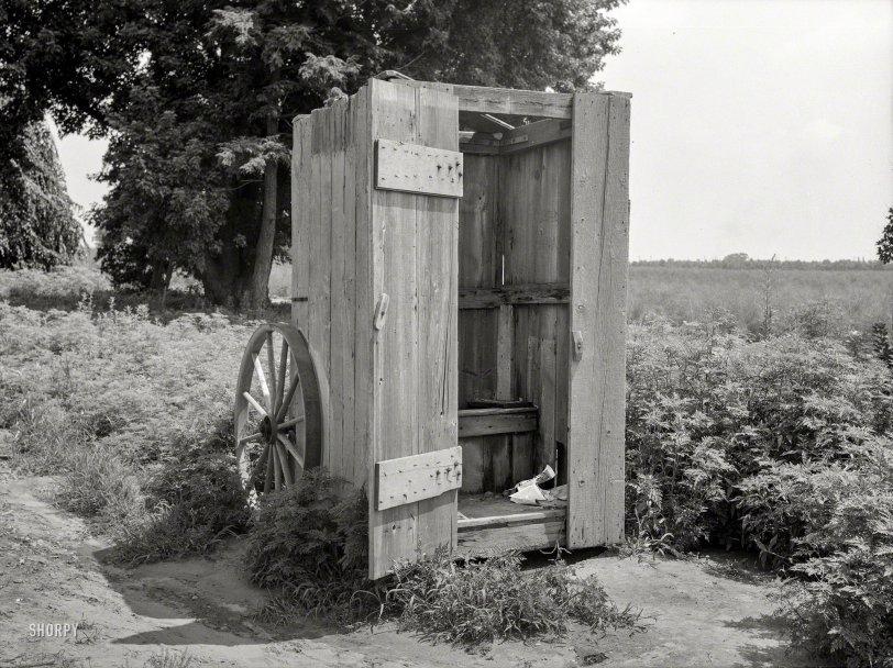 Porta-Privy: 1938