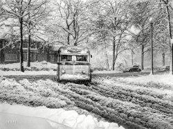 Slush Bus: 1942