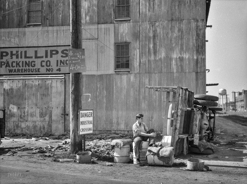 Industrial Crossing: 1937