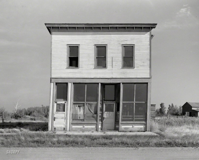 Leaning Out: 1937