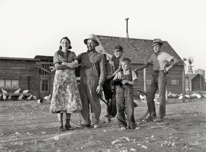 Family Farmers: 1939