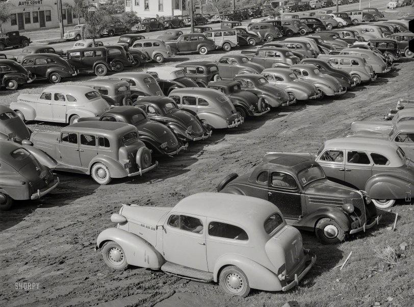Employee Parking: 1940