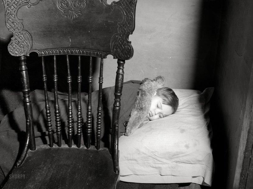 Insta-Crib: 1938