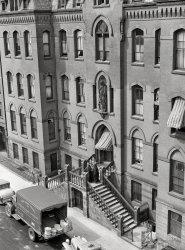 New York Nuns: 1938