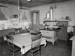Country Kitchen: 1938