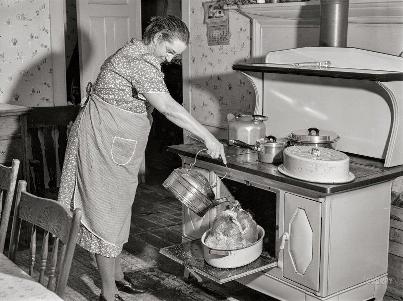 Basting the Bird: 1940