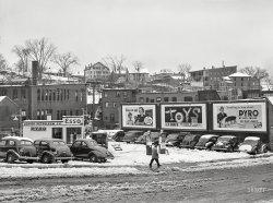 Esso in the Snow: 1940