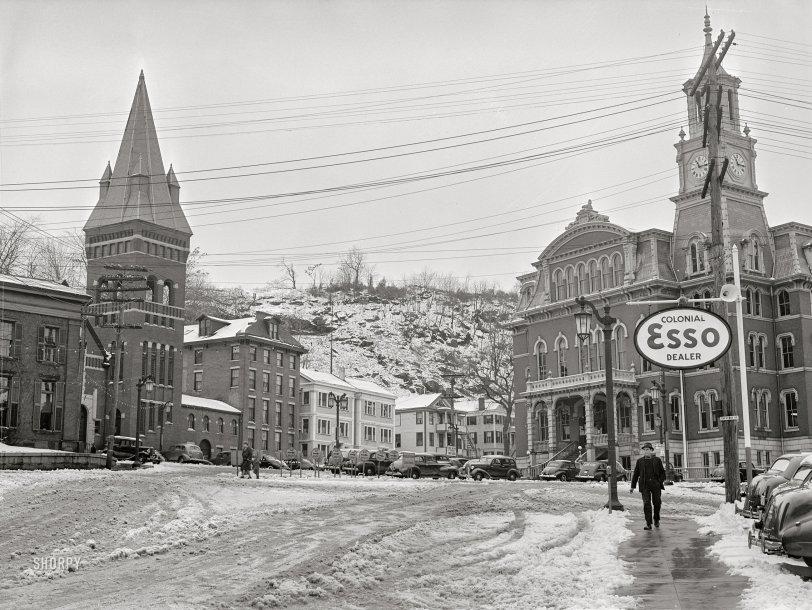 Colonial Esso: 1940