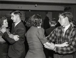 Swing Your Partner: 1940