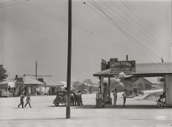 Welcome to Woodville: 1941