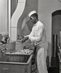 Drugstore Dishes: 1941