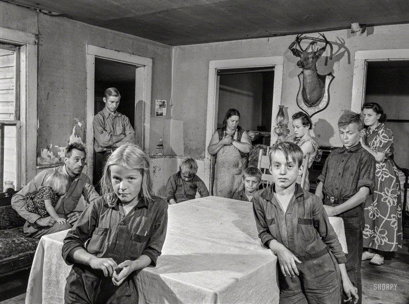 Anomie Farm: 1941