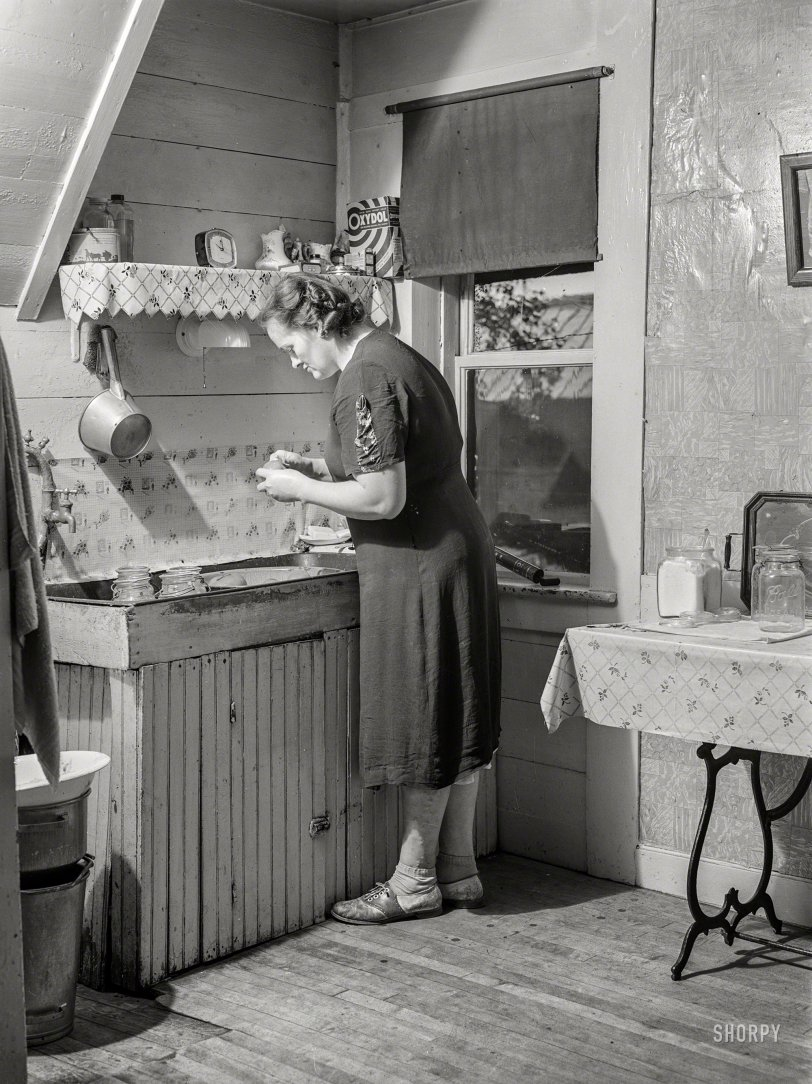 Farm Wife: 1941