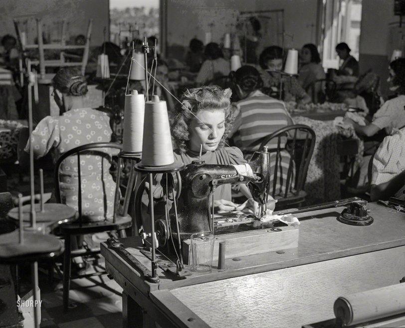 Rara Avis: 1941