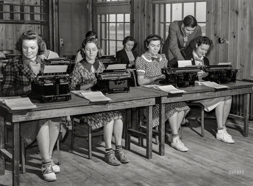The Typing Pool: 1939