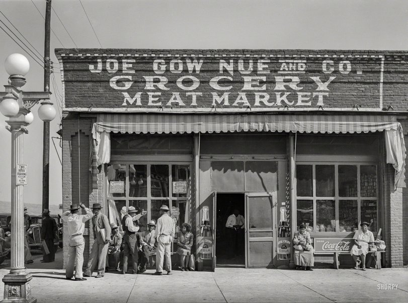 Nue Grocery: 1939