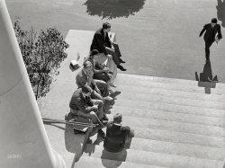 Smokes-N-Cokes: 1939