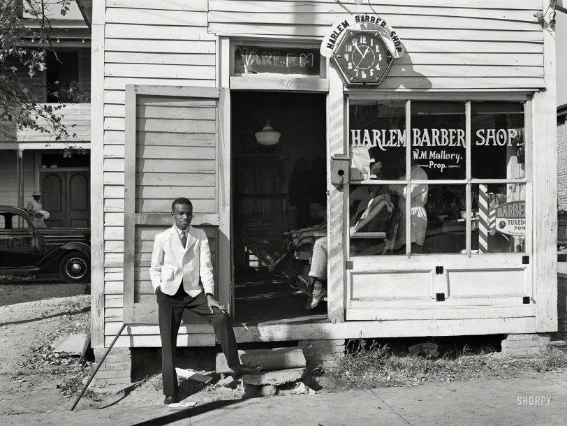 Harlem Barber Shop: 1939