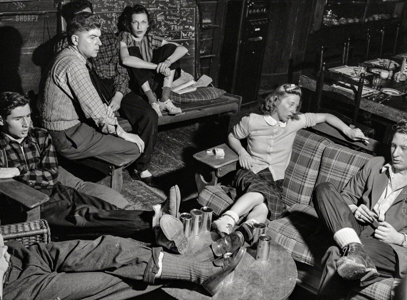 The Smart Set: 1940