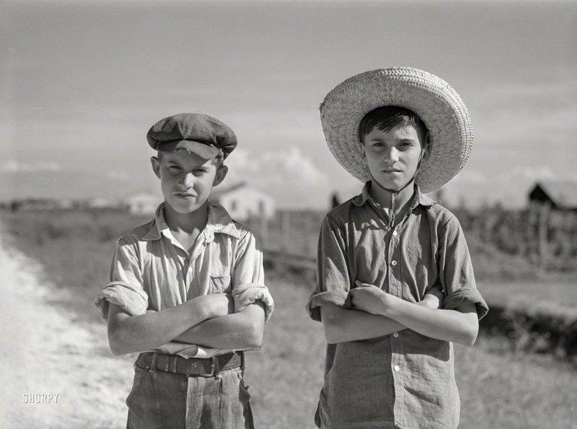 Cajun Kids: 1940
