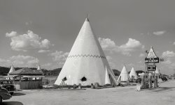 Kentucky Tepee: 1940