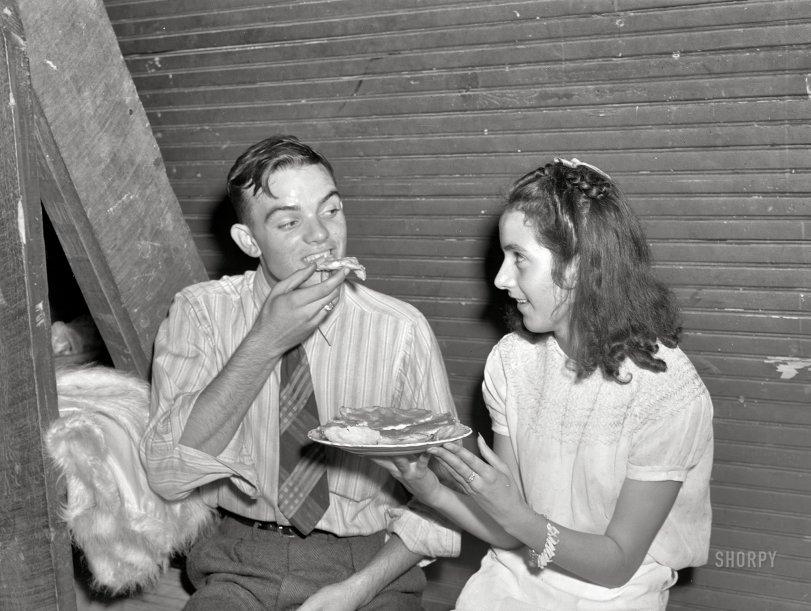 Quicksand Pie: 1940