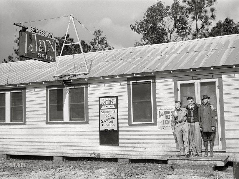 Joy Boys: 1940