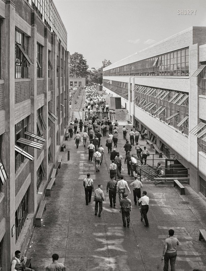 Shift Change: 1941