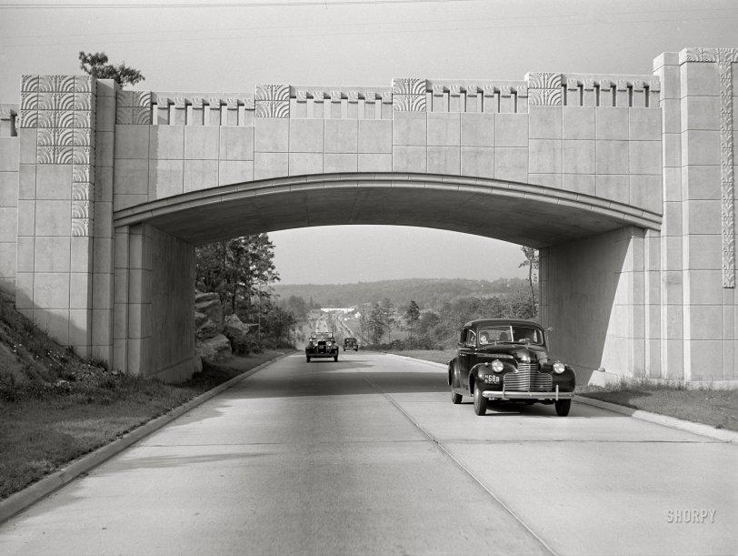 Overpass Moderne: 1941