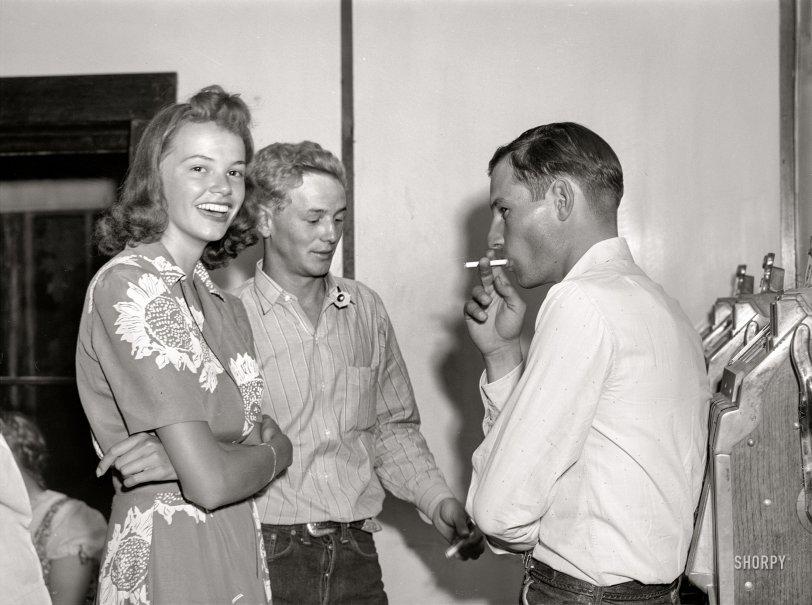 Dude Girl: 1941