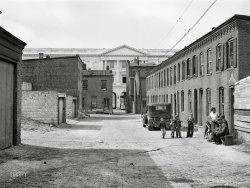 Schott's Alley: 1941