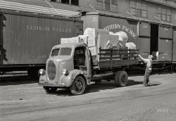 Twin Cities Trucker: 1939