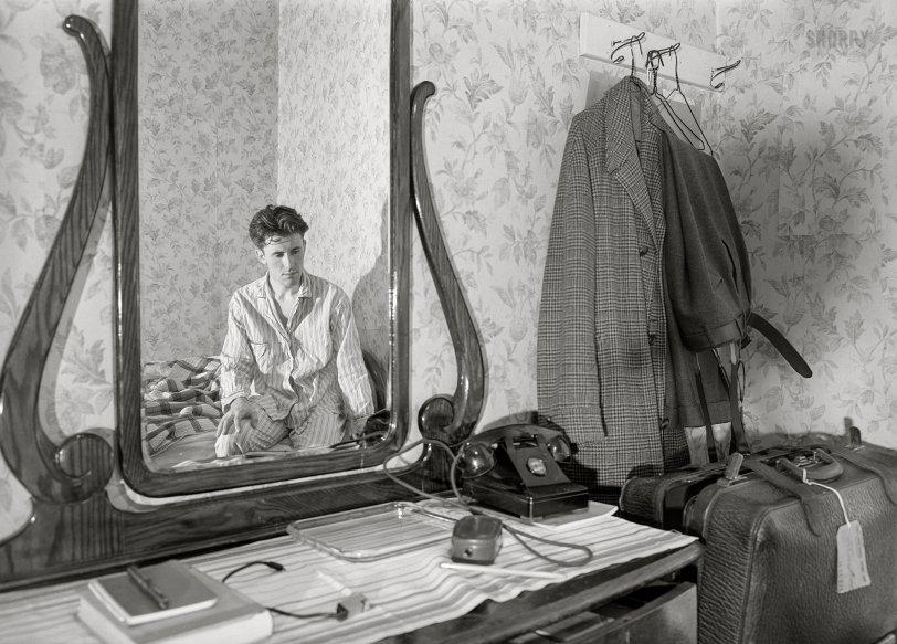 The Cat's Pajamas: 1940