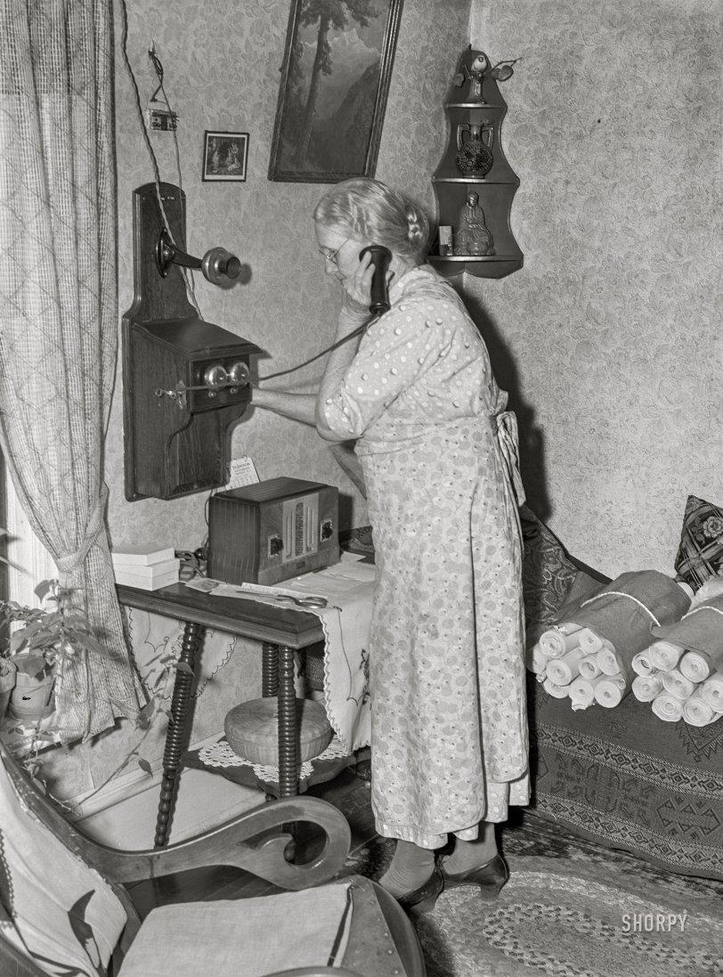 Crank Call: 1940
