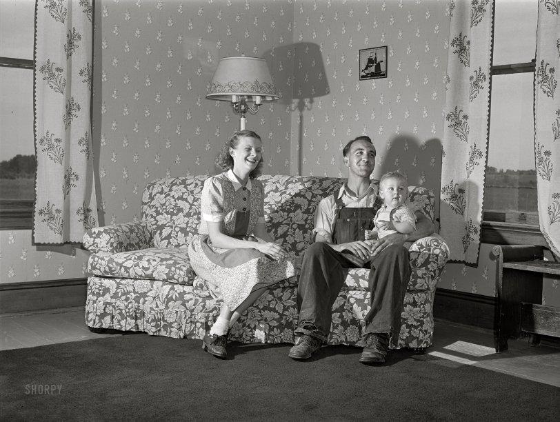 The Happy Homemaker: 1940