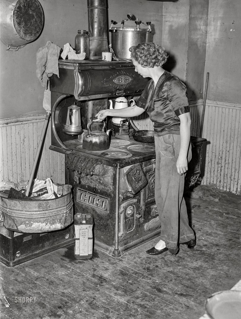 This Old Stove: 1940