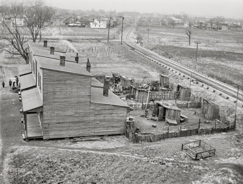 Track Shacks: 1941