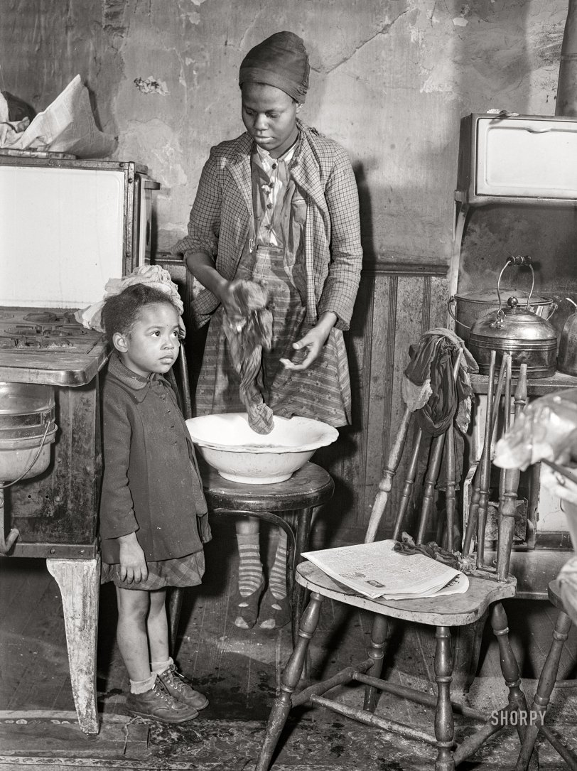Home Laundry: 1941