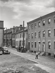 Street Life: 1941
