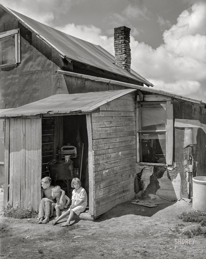 The Laundry Shed: 1941
