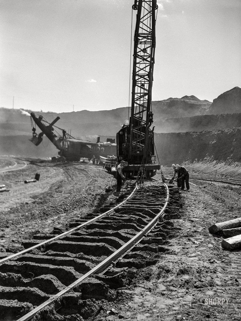 Fresh Tracks: 1941